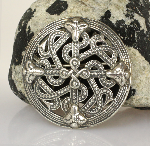 Scandinavian fibula made of sterling silver dated X century.