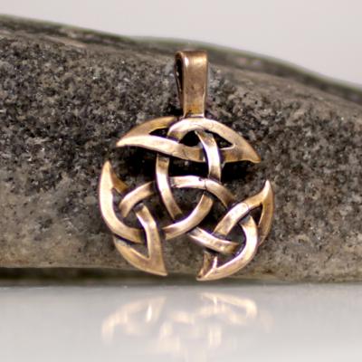 Bronze triquerta pendant