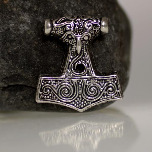 Kabbara Mjolnir, młot Thora