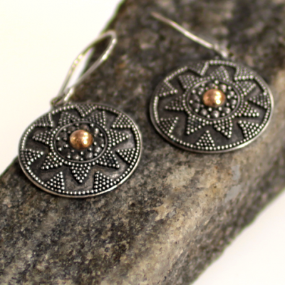Drop style filigree earrings