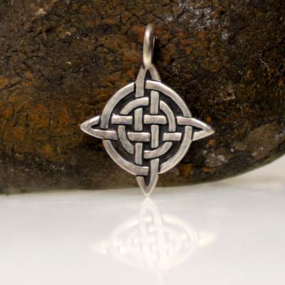 Small celtic pendant