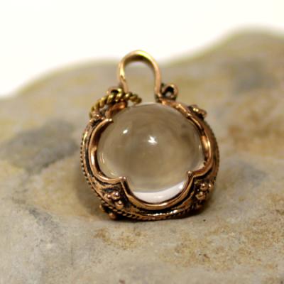 Gotland crystal pendant