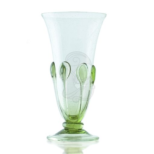 Smooth, small glass for liquors and wine
