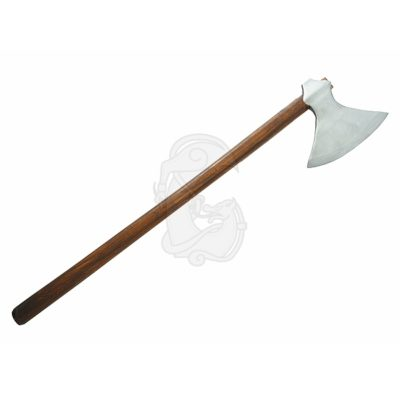 A one handed axe with a massive blade.